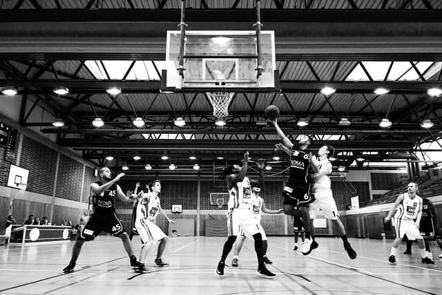 längst-basketspelare-sportlobby